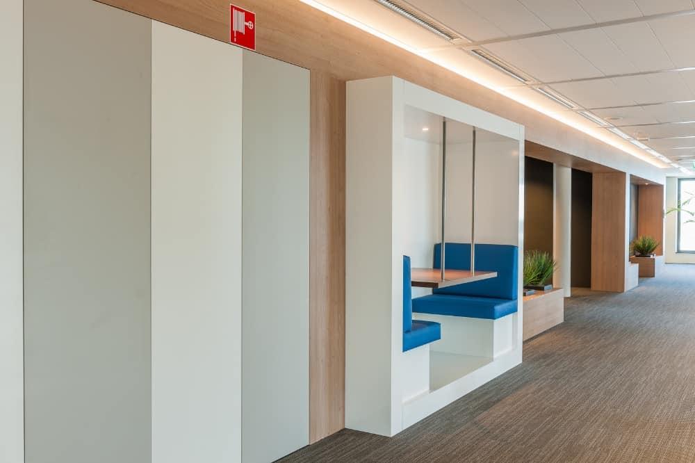 Omniplan Amsterdam Wildenberg interieurarchitectuur ontwerpt interieur kantoor indirecte verlichting