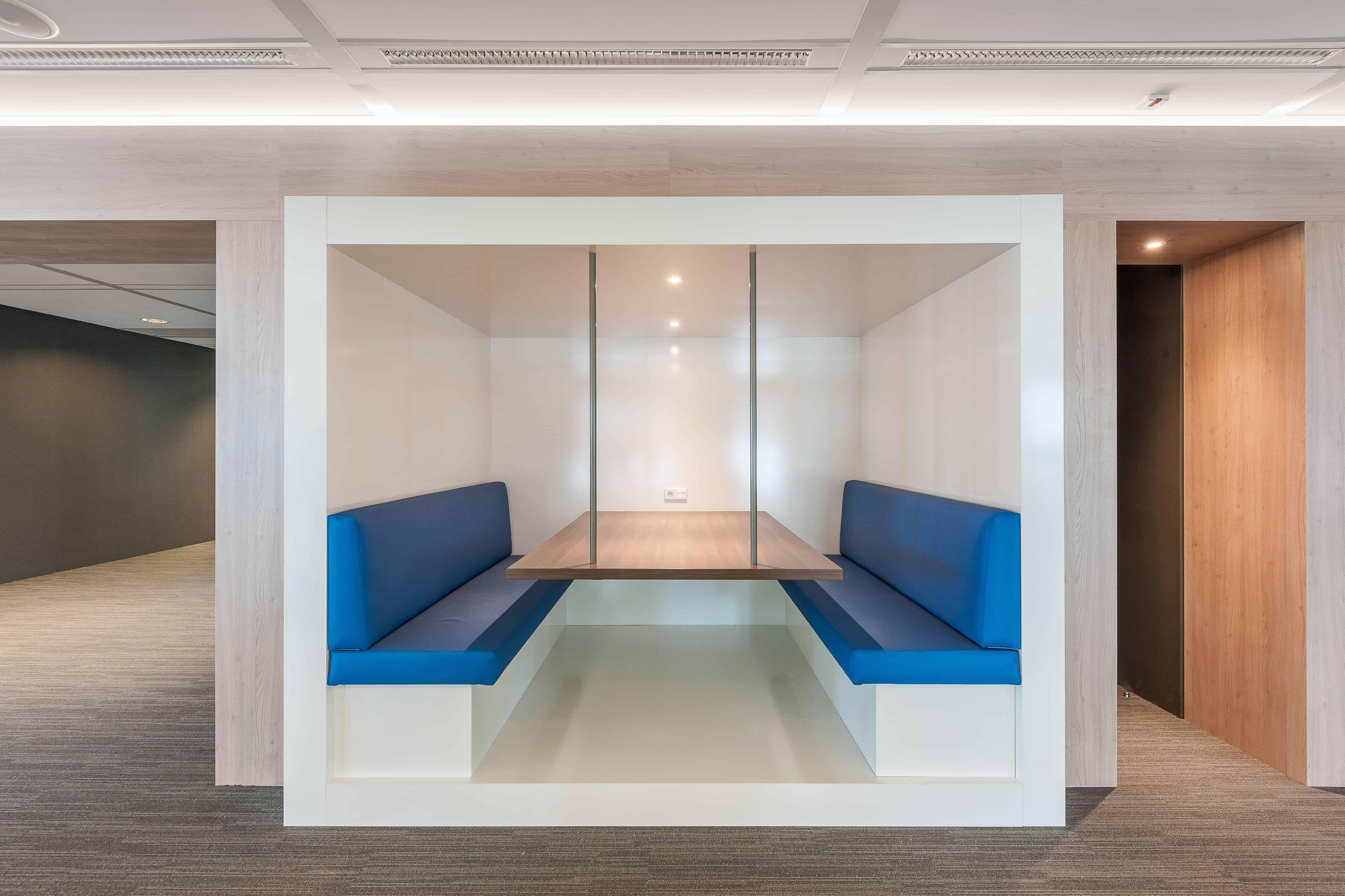 Omniplan Amsterdam Wildenberg interieurarchitectuur ontwerpt interieur kantoor overleg zithoek flexwerk
