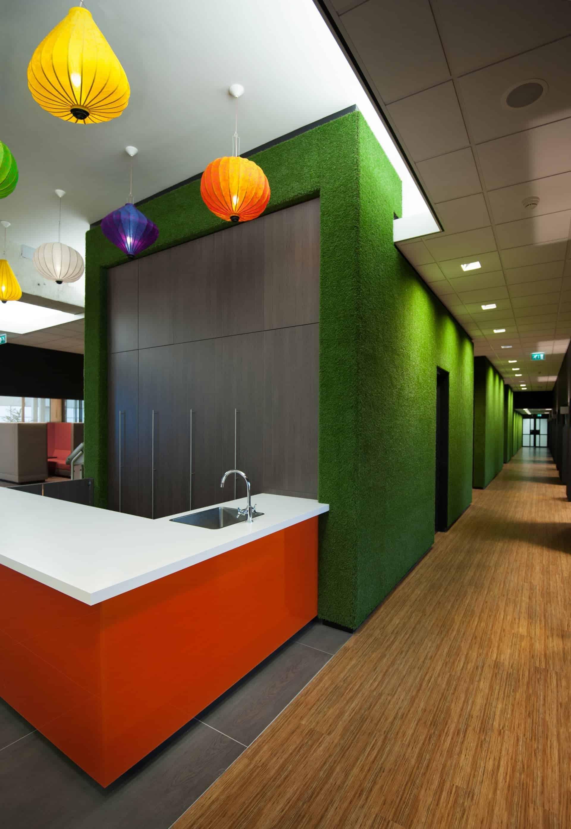 Een kleurrijke inspirerende ontmoetingsplaats voor ondernemers in Almere