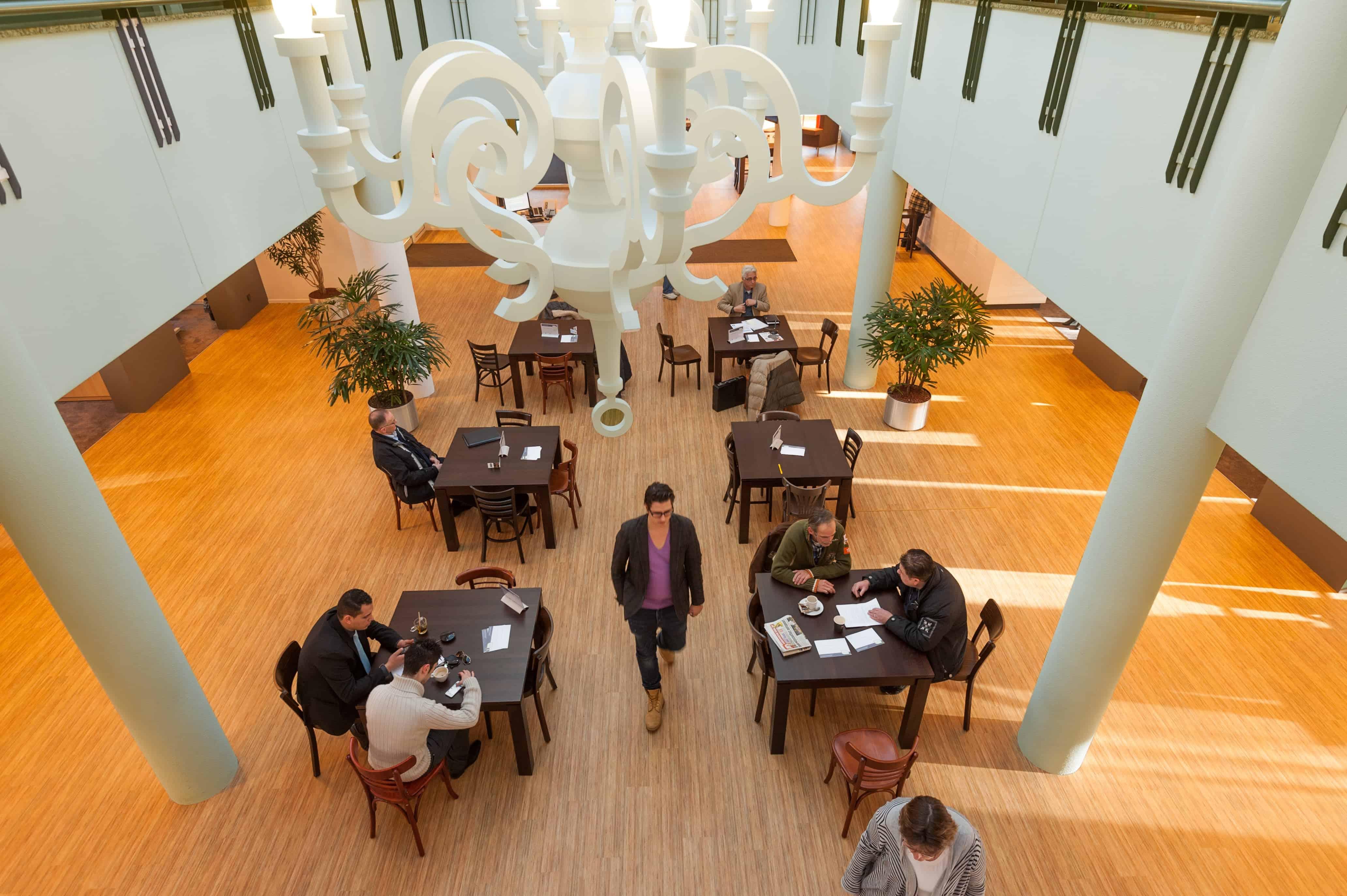 Grote open energiek ruimte voor ondernemers in regio Amersfoort als ontmoetingsplek