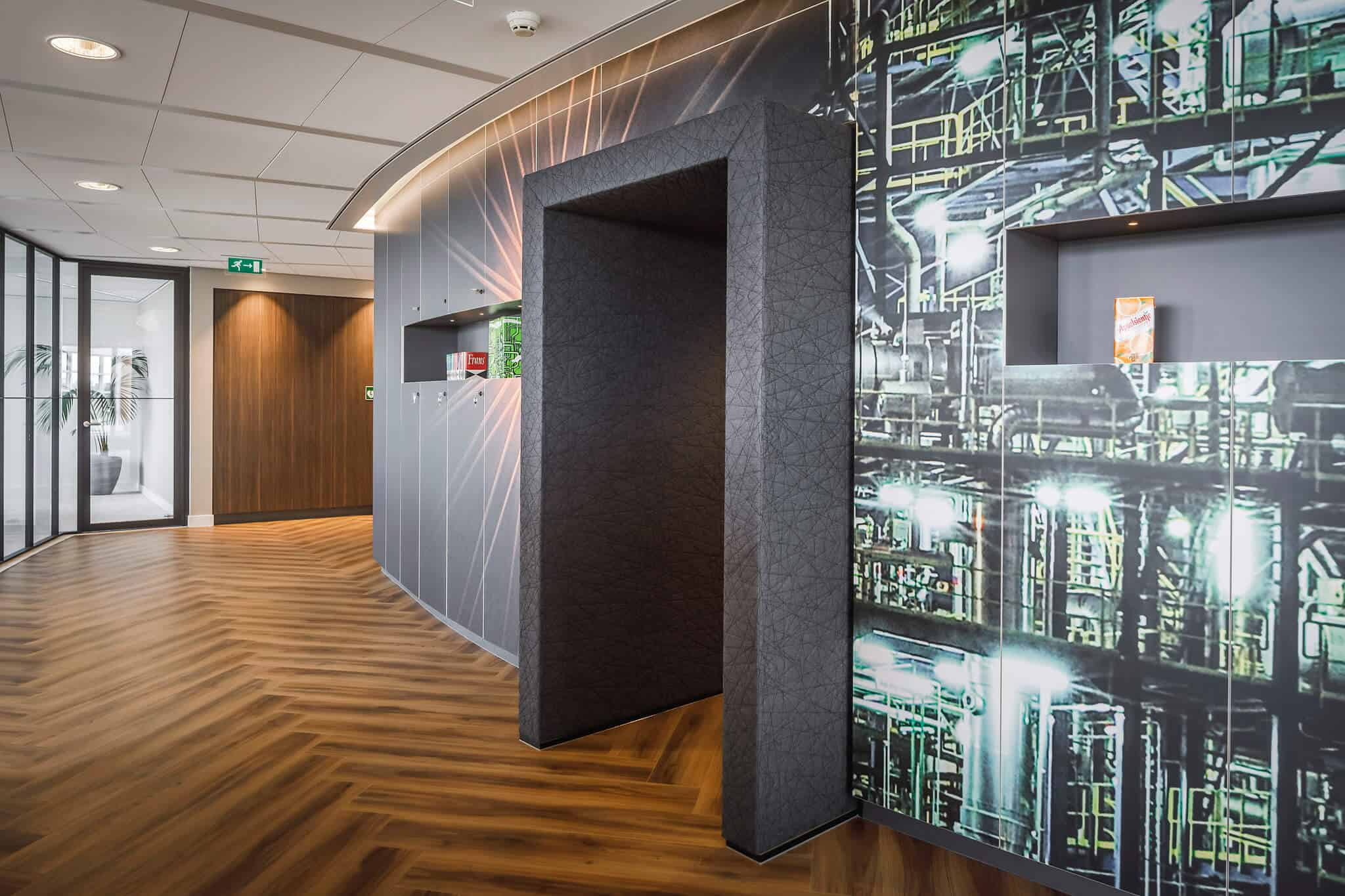 Wildenberg ontwerpt kantoor Delamine indirecte verlichting scheidingswanden