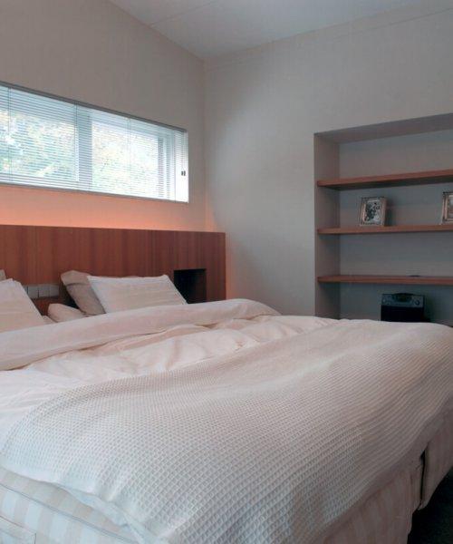 binnenhuisarchitect Stan van den Wildenberg ontwerpt villa in Amersfoort slaapkamer