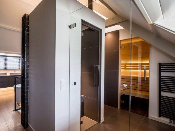 binnenhuisarchitect Wildenberg ontwerp slaapkamer zolder met sauna en stoomcabine
