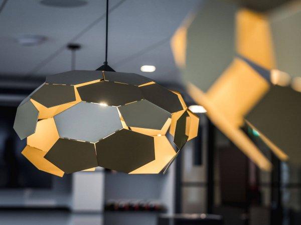 binnenhuisarchitect ontwerp kantoor hanglamp Gispen interieurdesign Wildenberg
