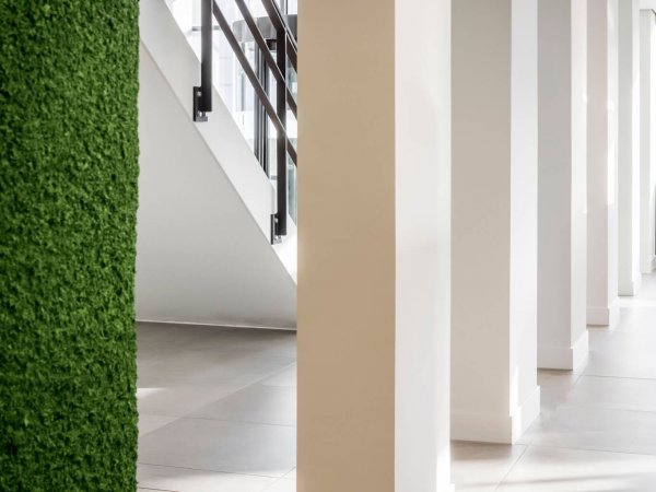binnenhuisarchitect ontwerp kantoor hanglamp Maretti gietvloer Sika interieurdesign van Wildenberg