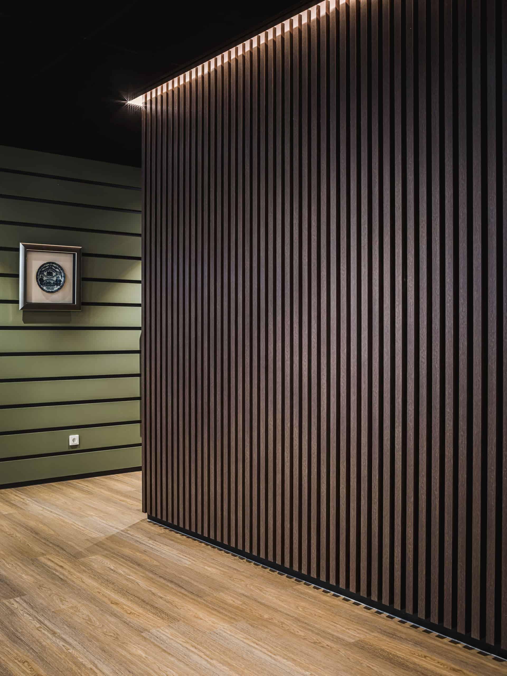 binnenhuisarchitect Wildenberg ontwerp kantoor COKZ verkeersruimte PVC vloer Fijri interieurbouw