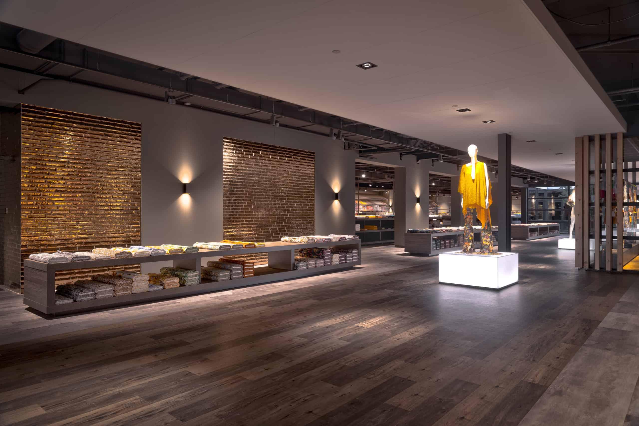 interieurarchitect Wildenberg ontwerp showroom Knipidee Almere tegelwand wsb maretti iboma kerastone objectflor tarkett kopie