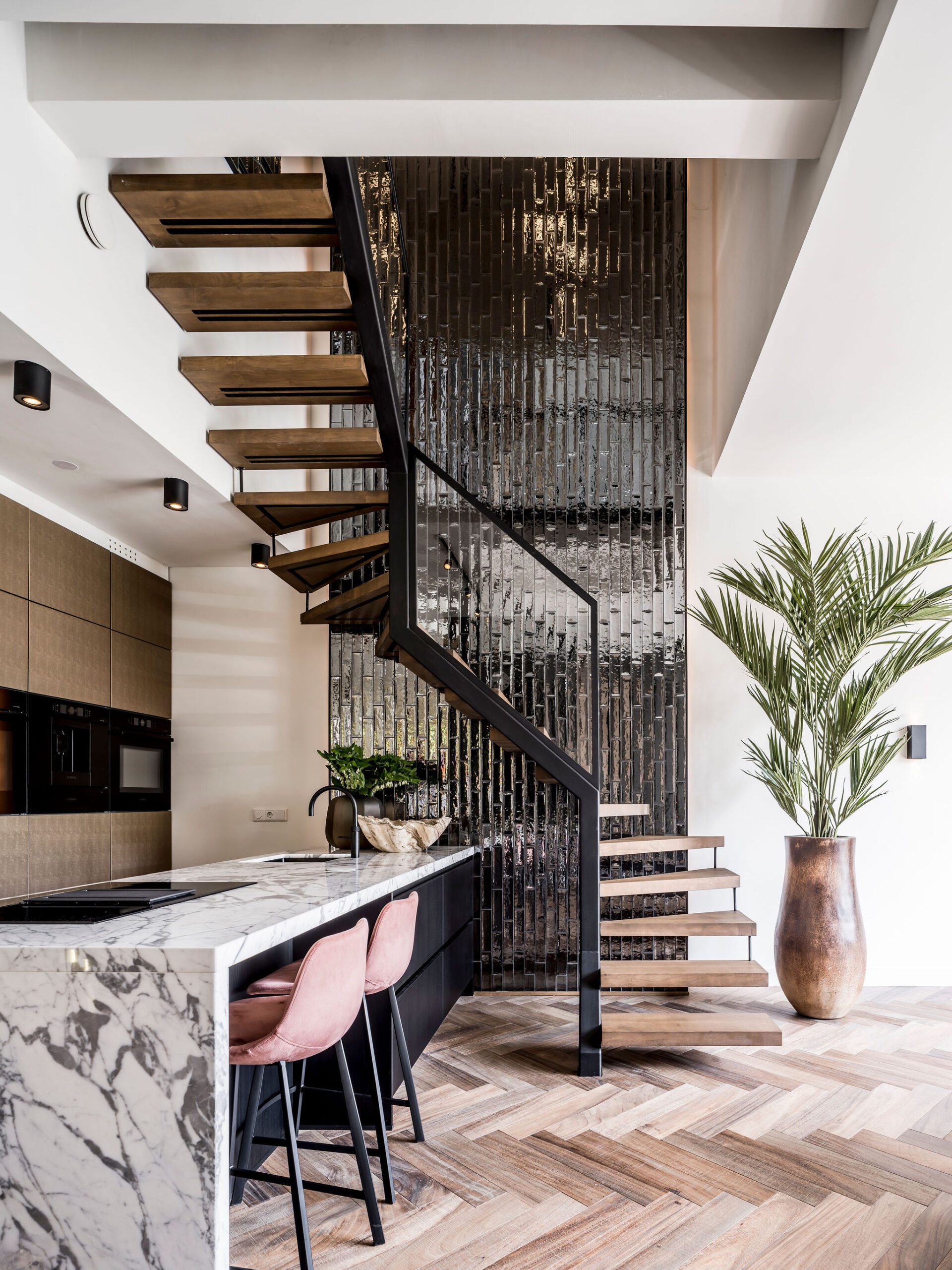 interieurarchitect-Stan-Wildenberg-interieurontwerp-interieur-interiordesign-luxurylifestyle-luxuryinteriors-luxuryhomes-keuken-marmerblad-Baas-Photography-styling-Jongerius