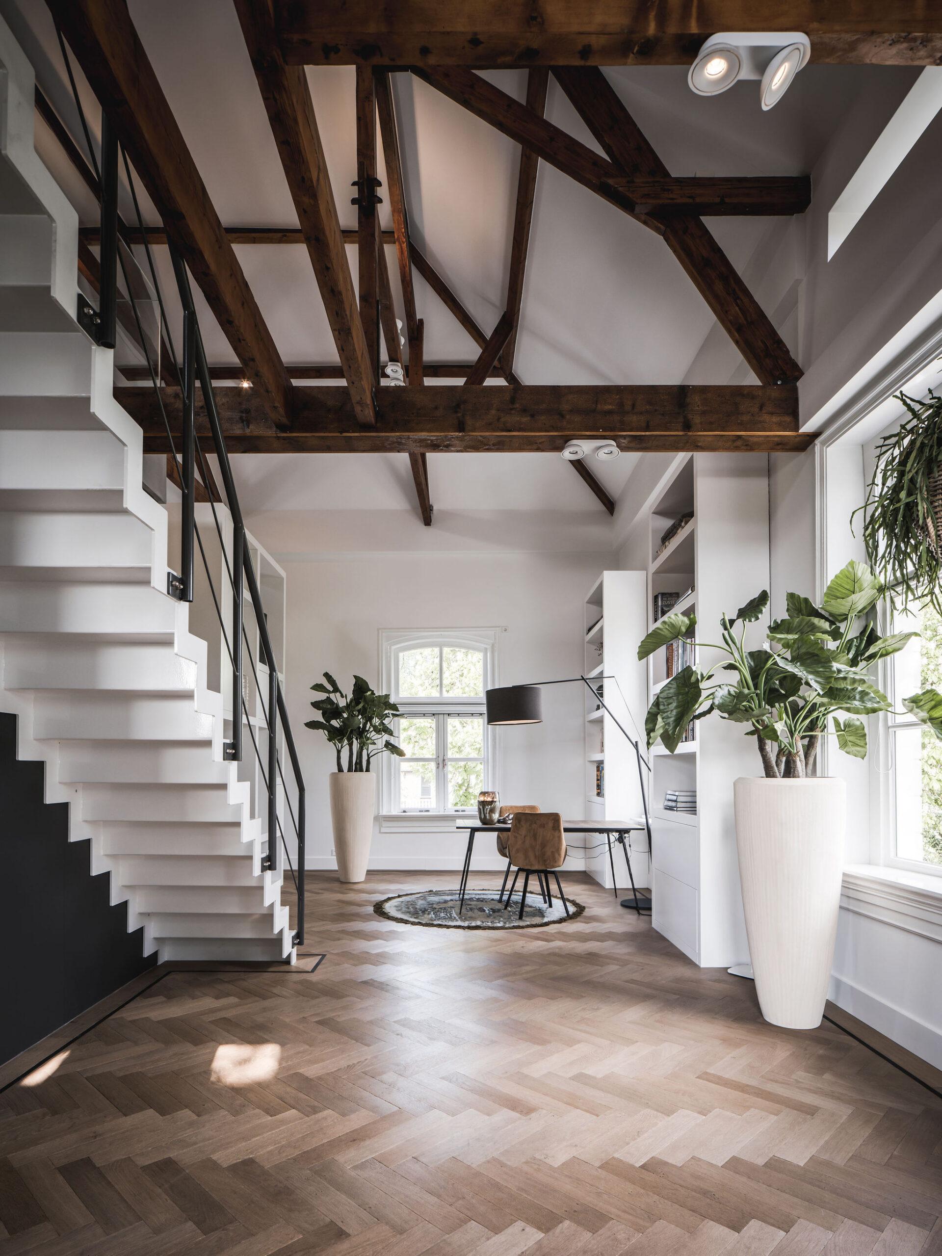 interieurarchitect Stan Wildenberg luxury design trap maatwerk