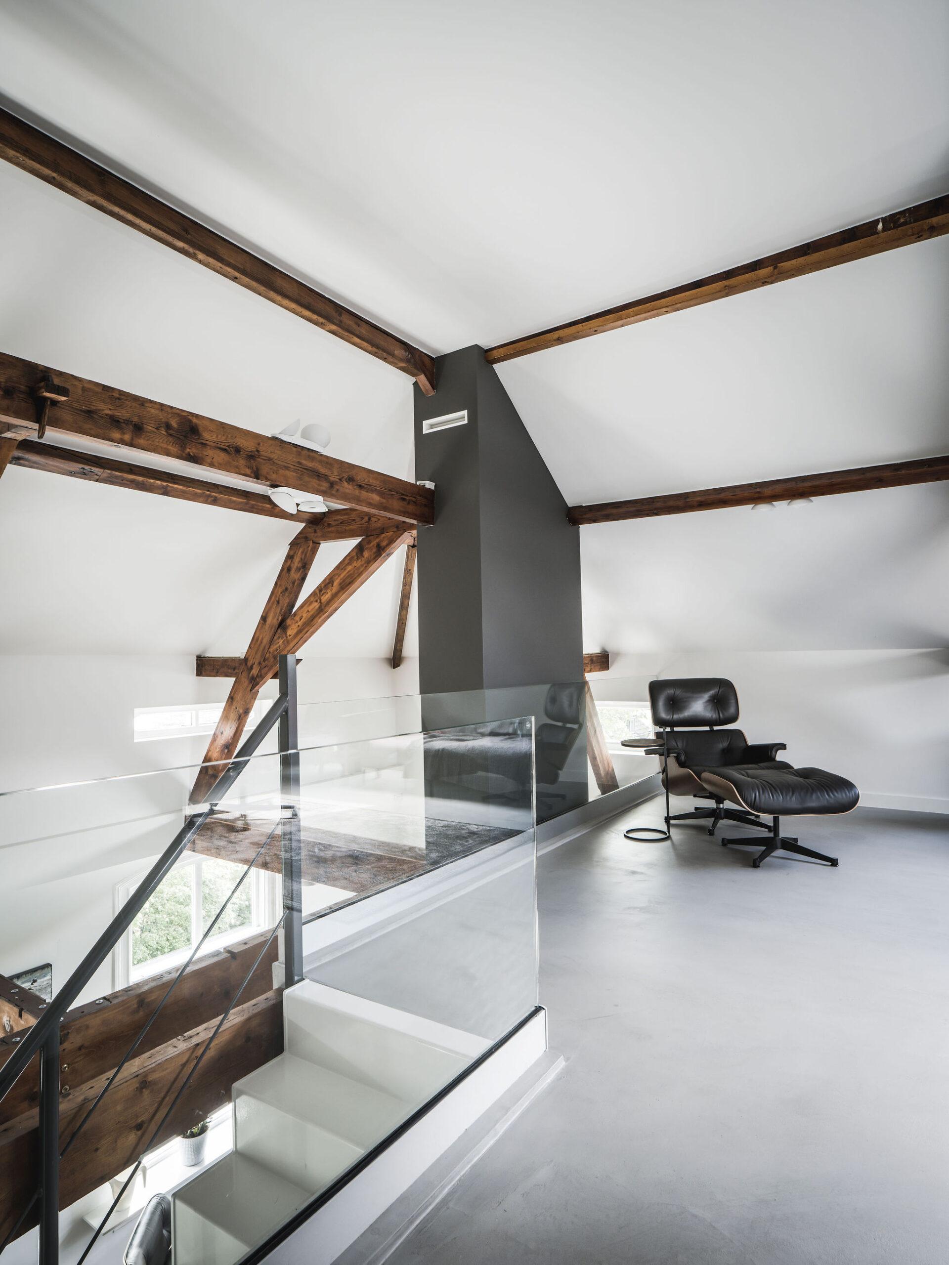 interieurarchitect-Stan-Wildenberg-interieur-interiordesign-luxurylifestyle-luxuryinteriors-luxuryhomes-vide-trap-glasballustrade-Peter-Baas-Photography-