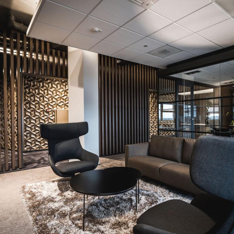 interieurarchitect Wildenberg officeinterior RGF Staffing officeinspiration officehospitality kantoorontwerp luxuryinteriors Peter Baas carpet Kreikamp stoel Artifort